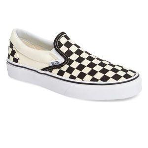 NWOT WOMENS vans classic slip on sneakers